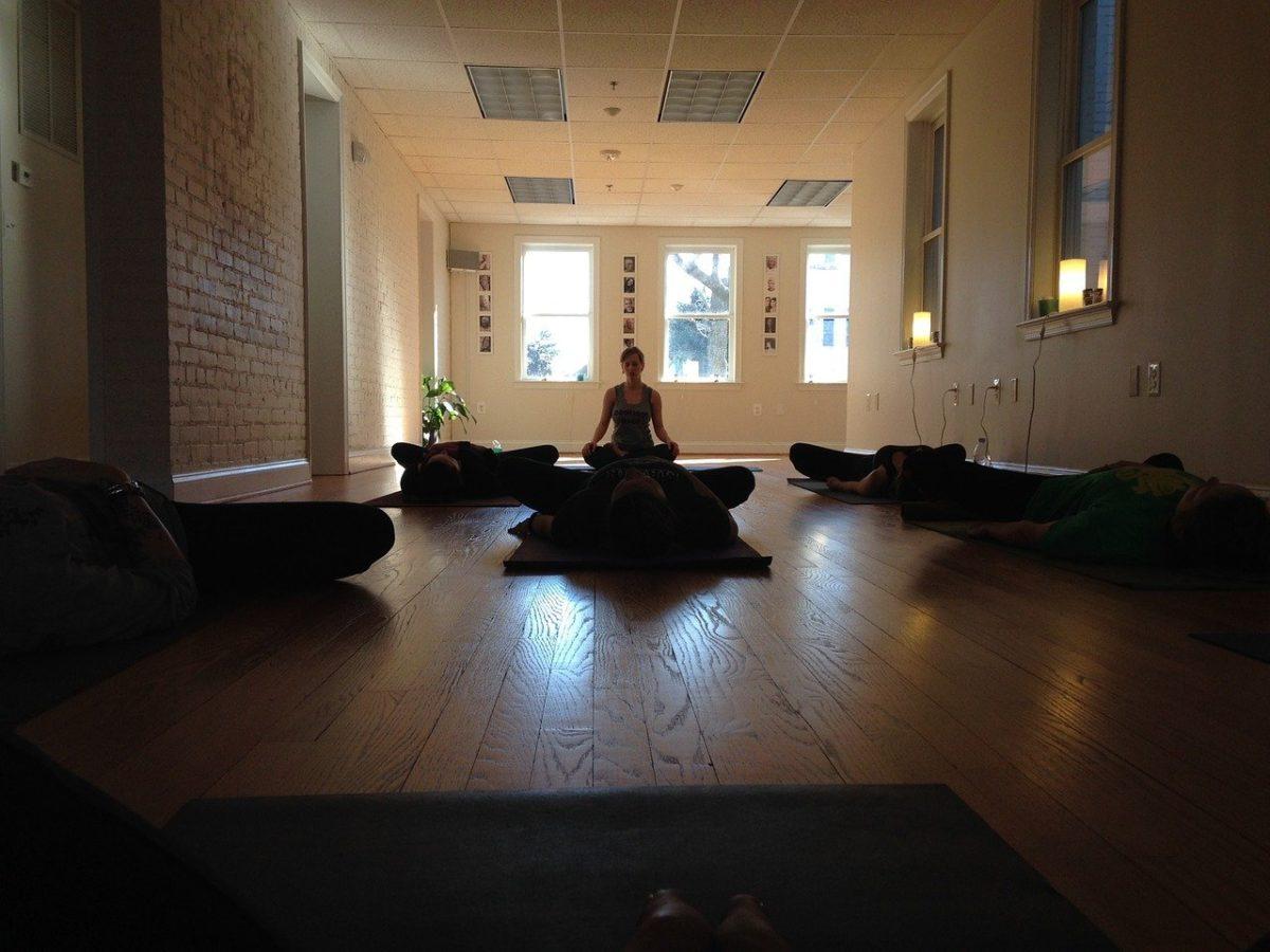 rincón de meditación en casa
